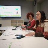 La tinenta d'alcaldia de Promoció Econòmica, Empresa, Ocupació i Comerç, Elena Vila, durant la presentació del Pla per impulsar l'FP
