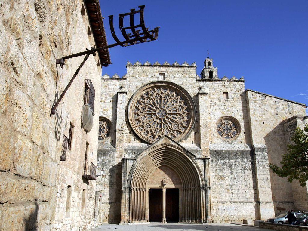 Ajuntament de sant cugat monestir - Mudanzas sant cugat del valles ...